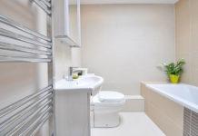 Remont łazienki - czym zastąpić płytki?